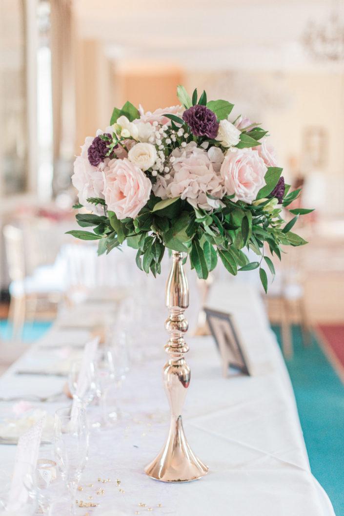 Mariage au Château d'Aveny CHrisotphe Lefebvre Photographe décoration florale salle dîner