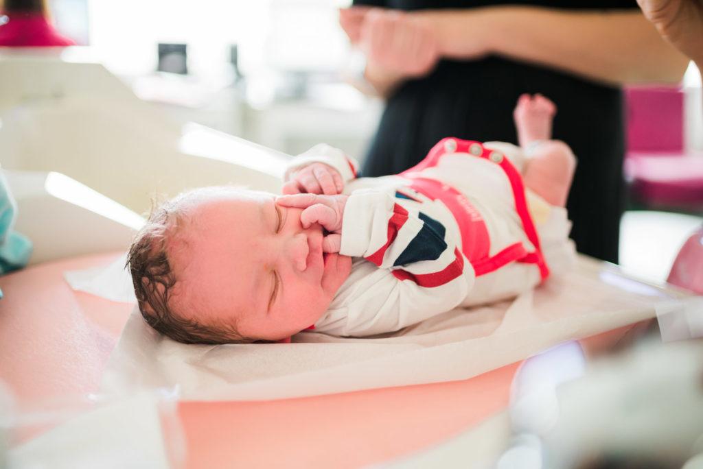 Photo de Naissance maternité soins bain 3