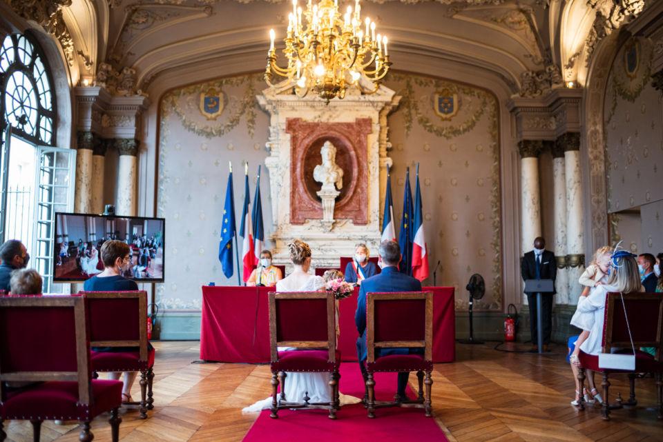 Cérémonie civile Mairie de Saint Germain en Laye covid 19 coronavirus Christophe Lefebvre Photographe Mariage (4)